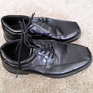 Tred Safe black lace up oxford shoes size 7.5